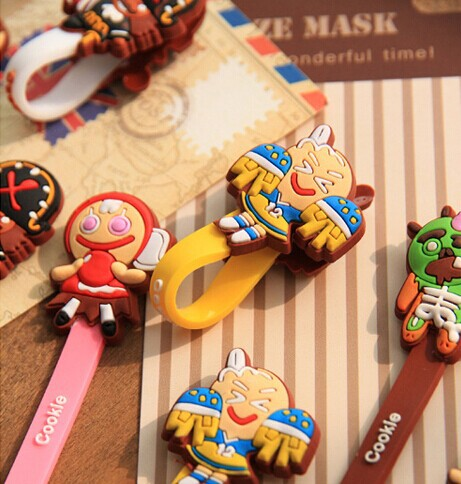 Super Kawaii Gingerbread Man Designs Cable Wire Winder Organzier Earphone Cable Wire Bobbin Winder MP3 4 Clip Winder Holder(China (Mainland))