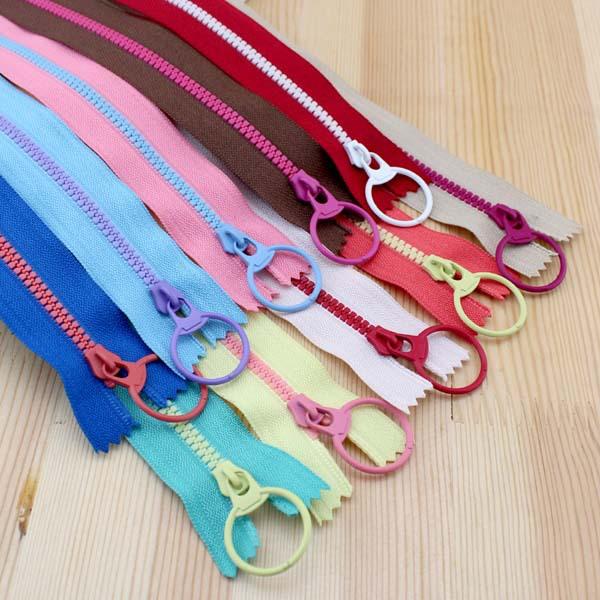 2015 New! Bright color 30cm 3# Resin contrast color zipper fashion pull ring zipper head DIY handwork Bag Close-End 10Pcs/lot(China (Mainland))