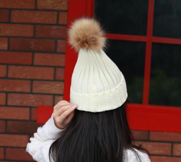 Wholesale 10pcs 2015 Pretty Womens Winter Knit Skull Beanies Cap Winter Men Plain Knitting Beanie Caps COOL Ladies Skullies Hats(China (Mainland))