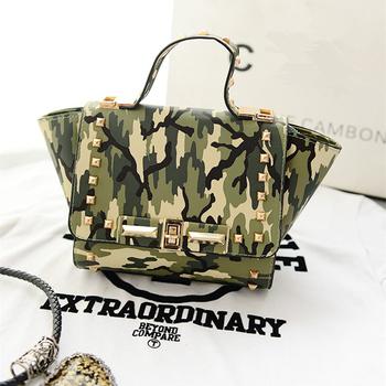 2015 мода женщины конструктора кожаные сумки небольшой заклепки камуфляж сумка винтаж женщин сумка почтальона сумочки свободного покроя леопард сумки на ремне ,