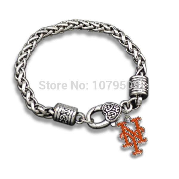 Antique Silver Hot Sale Sports Wholesale 10 Pcs/Lot Plated Team Logo New York Mets Enamel Charm Bracelet Men(China (Mainland))