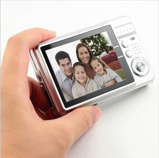 Цифровая фотокамера Other 2.7