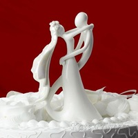 2pcs/Lot  Bridal Shower Supplies Wedding Decoration Ceramic Bride and groom Couple Design Figurines Wedding Cake Toppers