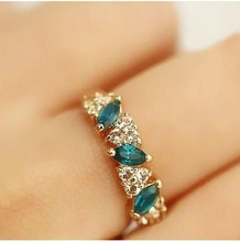 Hot-selling Cute Sweet Feeling Of Restoring Ancient ways Vintage Emerald Crystal Ring For Women 4R0098