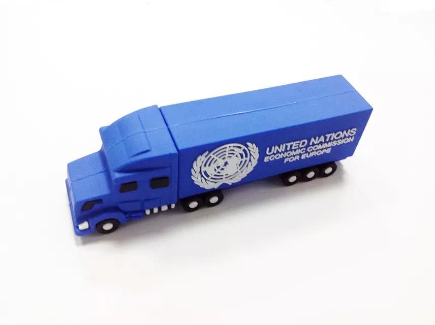 2015 Newest wholesale fashion car style usb flash drive toy model pendrives 8 gb 32 gb truck memory stick 4gb 16gb TIR pendriver(China (Mainland))