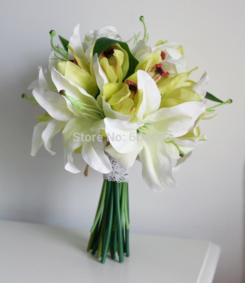 -flower-bouquet-silk-bridemaid-flower-white-tiger-lily-and-green jpgWhite Tiger Lily Flower