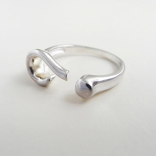 ( zd) mode unisex retro metalen legering unieke opening splinter toon vraagteken symbool ring(China (Mainland))