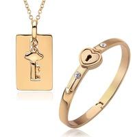 Fashion Alloy Gold Plated Lovers Hot Sell Jewelry Set Male Key Pendant Necklace + Female Crystal Rhinestone Love Lock Bracelet