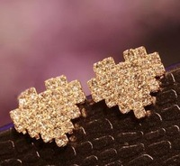 OMH wholesale 6pair off 30% = $0.83/pair Europe and America Fashion Girl sweet Heart Alloy Stud Earrings EH343