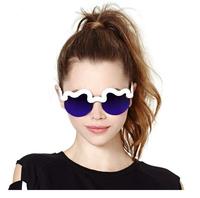New 2015 Female Wild Personality Sunglasses Reflective Sunglasses Clouds Waves Sun Glasses Women Brand Vintage Oculos Glasses
