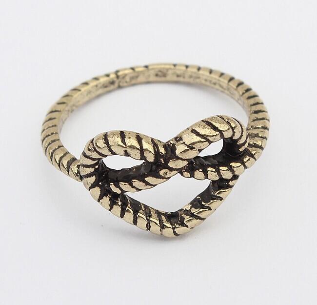 Korean punk retro ring exaggerated love hot metal ring 100 874Hot style rings(China (Mainland))