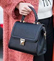New Fashion European and American Women Handbag Retro Taper Lock Bag High Quality Leather Small Shoulder Bag Black/Red