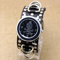 2015 Fashion Steampunk Punk Watch Retro Leather Bracelet Skull Hand Hours Reloj De Homber Q2502