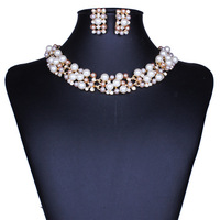 Luxury Bridal Party Jewelry Sets Pearl Necklace Set Chain Necklace Earrings Gold Plated Jewelry Set for Women TZ004