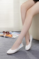In the spring of the latest low help shoes Soft bottom super comfortable foldable flat shoes Pure white women's shoes