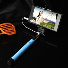 1 Pc Wired Selfie Stick Handheld Monopod Built in Shutter Extendable Mount Holder For iPhone Samsung
