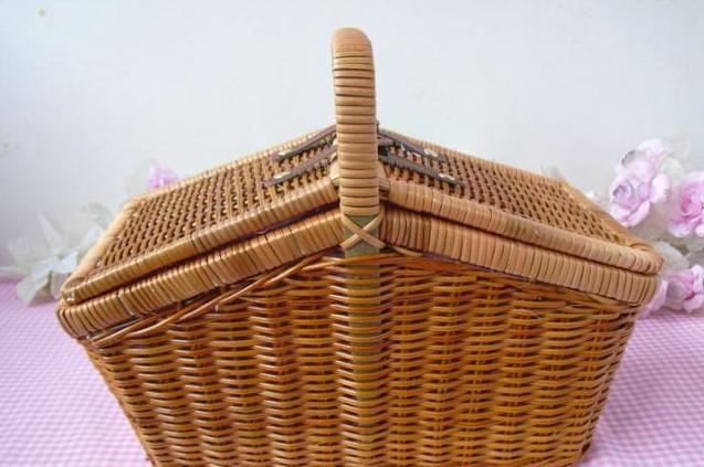 free shipping YC020 Portable wicker picnic basket suitcase fruit basket Home Furnishing storage basket collection basket(China (Mainland))