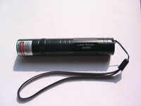 Green Laser Pointer 200mw 532nm 5000M Torch Flashlight Style Black free shipping!
