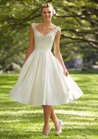 Bewitching Looking A-Line Sweetheart Knee Length CRYSTAL BEADED EMBROIDERY LUXE TAFFETA Wedding Gown Bridal Dresses 2015