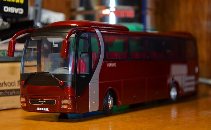 1 43 diecast bus model,ZK6120(China (Mainland))