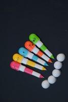 Free Shipping 5pcs Cute Smiling Face Pill Ball Point Pen Pencils Telescopic Vitamin Capsule Ballpen for School Use 5colors LOGO