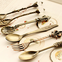 Nostalgic vintage royal style bronze carved eco-friendly small coffee spoon small fork Kitchen dining bar sweet snacks