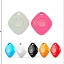 2015 New selfie remote shutter locator smart tag bluetooth anti lost alarm wireless bluetooth key finder for iPhone Samsung