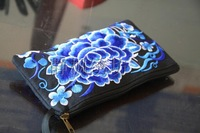 National Wind purse embroidered purse  Blue and white porcelain   Embroidery zero wallet  1569