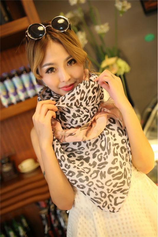 Cashmere scarf Chiffon leopard leopard print scarf C chain(China (Mainland))