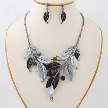 New Arrival 2015 Brand Design Vintage Bronze Color Metal Leave & Flower Jewelry sets Chunky Statement Choker Necklace For Women(China (Mainland))