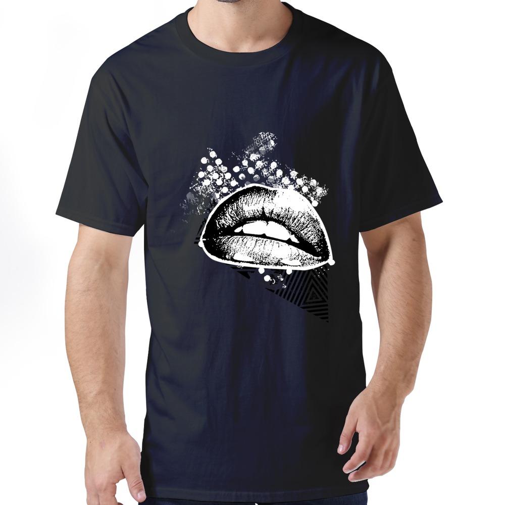 fun t-shirt Retro Grasp lip men's t-shirt brand for man(China (Mainland))