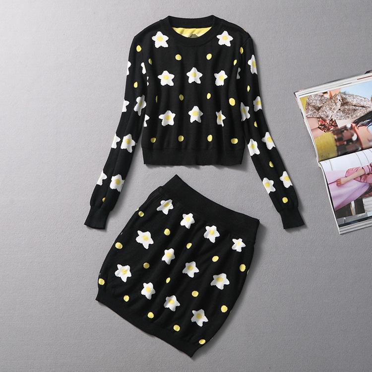 women fashion flower pattern sweater and skirt girls autumn winter set space knitwear and skirt women sets(China (Mainland))