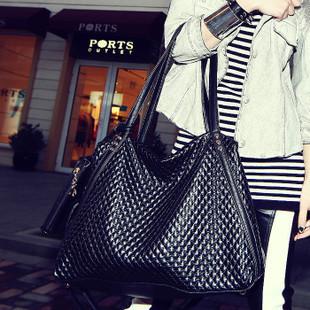 074#2013 new fashion rhombic Bag Shoulder Messenger Laptop using PU three crescent bag wholesale(China (Mainland))