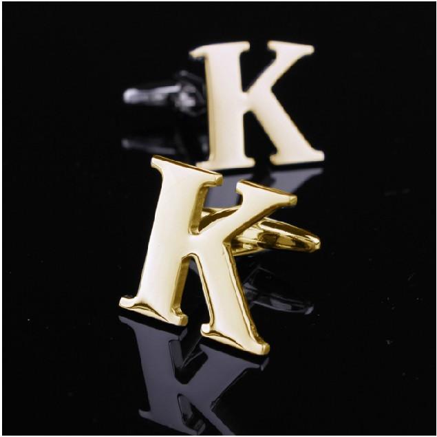 Um par de alfabéticos abotoaduras letra K ouro de aço inoxidável escritório clássico moda homem(China (Mainland))