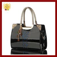 2015 Russia Style women Hollow out leather handbag tote crossbody bolsas Women Genuine patent messenger bag pendant cosmetic bag