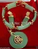 Beautiful green Jade Bracelet earring Necklace set   A2
