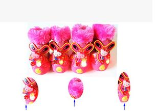 Waterproof dog shoes with lights and the thickening dog boots with warm material which are best-selling products(China (Mainland))