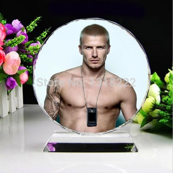 10cm crystal ball for celebrity David Beckham souvenir customizing David Beckham model as gift for fans collection(China (Mainland))