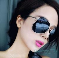 Women UV Sunglasses Fashion Woman Large-framed Glasses European and American Stars Summer Sunglasses Free Shipping