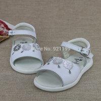 2015 summer new original single white leather sandals Korean female child baby sandals wholesale 10619
