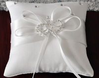 20*20cm White Double Heart Rhinestones Buckle Victoria Lace Wedding Ceremony Satin Ring Bearer Pillow