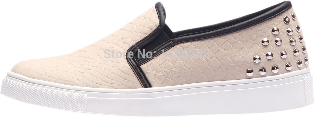 SN116 Fashion Snakeskin Pattern Rivet Canvas Sneakers Dark Beige(China (Mainland))