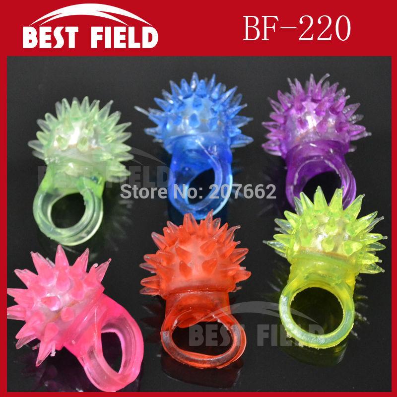 Free Shipping 144pcs/lot 3*4CM led thorn finger ring Led Rubber Finger Light Beam Ring Torch novelty finger light Party Wedding(China (Mainland))