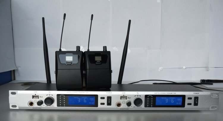 2 Channel Stereo Wireless In ear Monitor System Profession for Stage Performance Church Tour Guide Simultaneous Interpretation(China (Mainland))