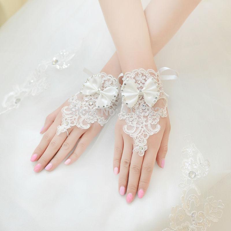 IVORY Wedding Gloves Bride IVORY Lace Satin Fingerless Beads Wedding Bridal Gloves Bride Dress Glove Short Accessories(China (Mainland))