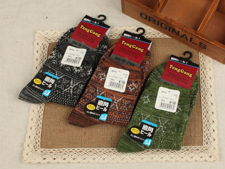 Click! High quality cotton in tube socks, vintage men's casual socks, male deodorant socks 5pair = 10pcs / lot(China (Mainland))