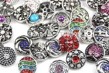 Hot all'ingrosso 50 pz/lotto della miscela di alta qualità molti stili 18mm pulsante a scatto in metallo di fascino del rhinestone stili pulsante ginger snaps gioielli  (China (Mainland))
