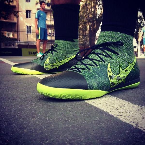 Edição limitada 2015 Superfly FG chuteiras botas de futebol Cristiano Ronaldo chuteiras Mens alta Ankle Elastico botas de futbol(China (Mainland))