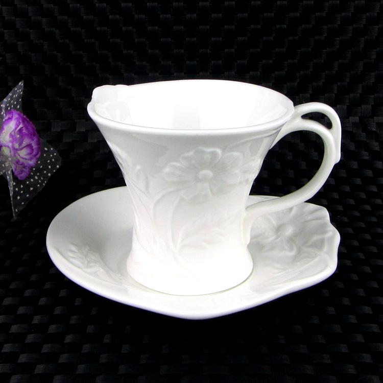 Classical style white color ceramic cup mug porcelain cups and mugs creative ceramic coffee mug bone china coffee cup(China (Mainland))
