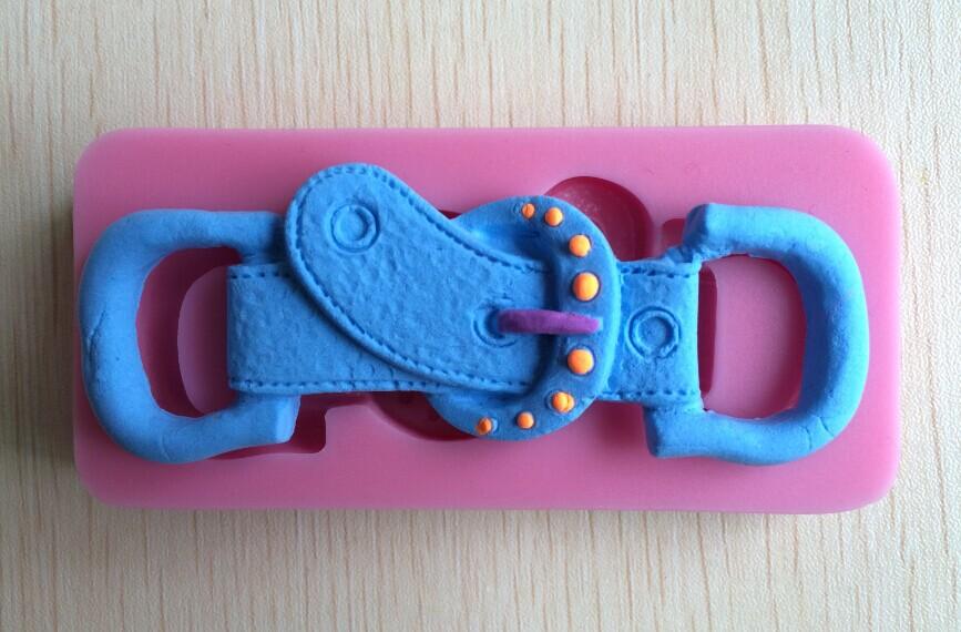 Fashion Belt Buckle Shape Silicone 3D Mold Cookware Dining Bar Non-Stick Cake Decorating Fondant Soap Mold C247(China (Mainland))